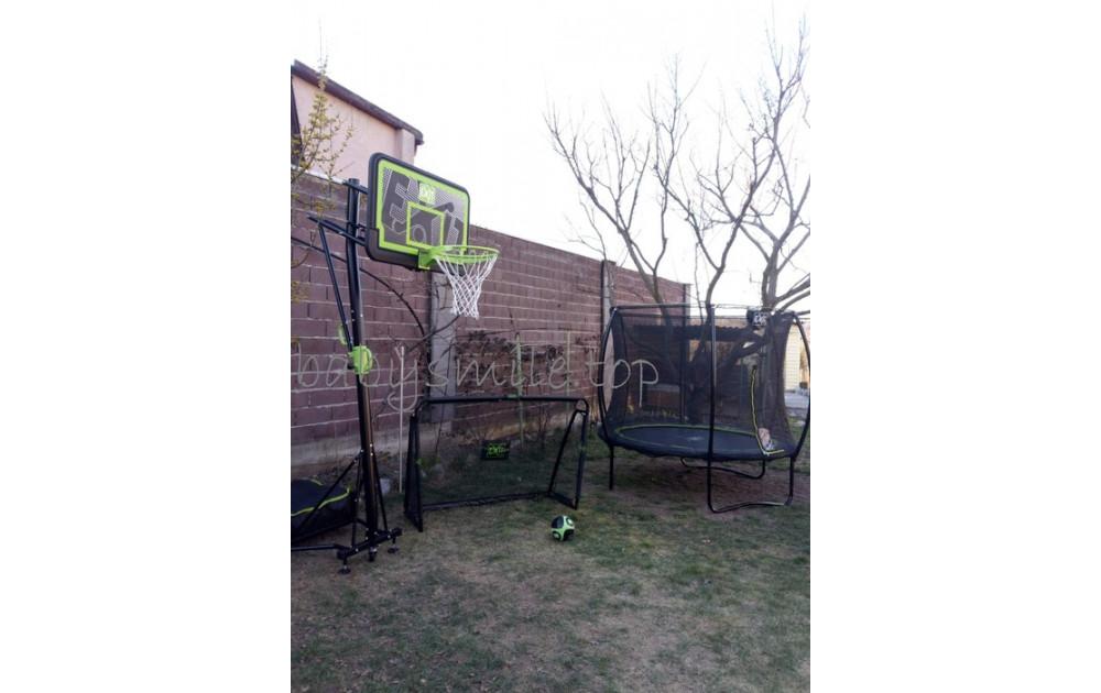 Эффектное трио - батут, баскетбольная стойка, футбольные ворота