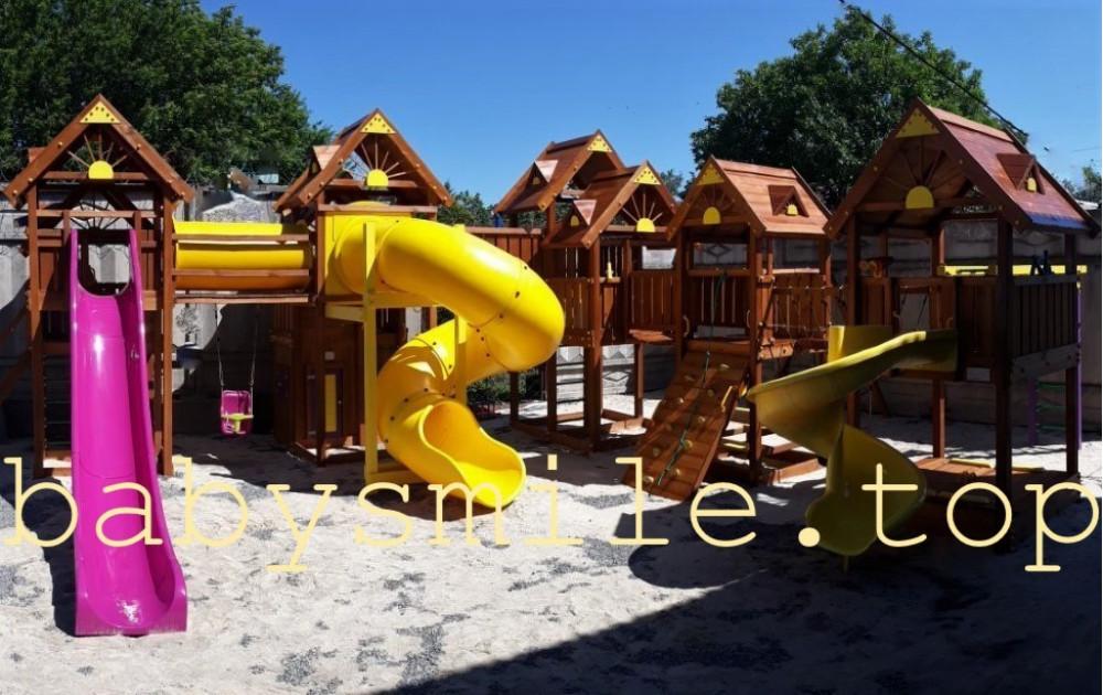 Установка. Детский деревянный игровой городок.