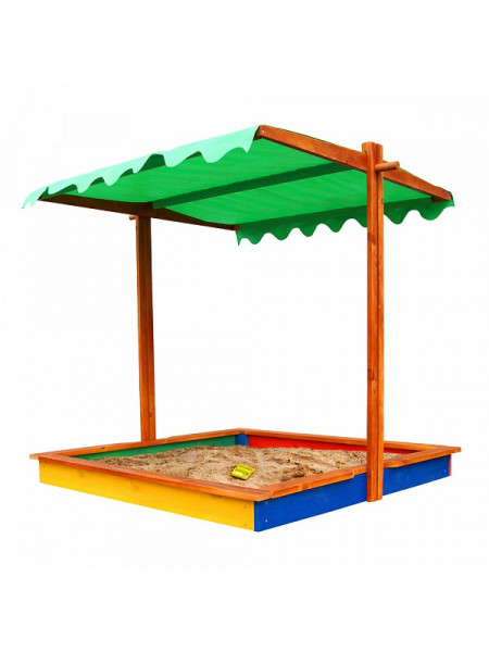 Деревянная песочница с крышей